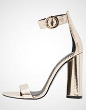 Kendall + Kylie GISELLE Sandaler beige