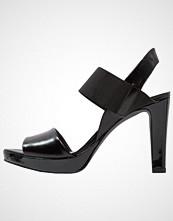 KIOMI Sandaler med høye hæler nero