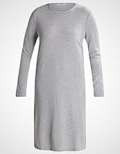 Pieces PCMOLLY Strikket kjole light grey melange