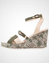 Clarks ADESHA ART Sandaler med høye hæler khaki