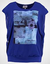 Zizzi Tshirts med print sodalite blue
