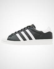 Adidas Originals SUPERSTAR BOOST Joggesko core black/white/gold metallic