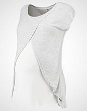 bellybutton Tshirts med print lichtgrau