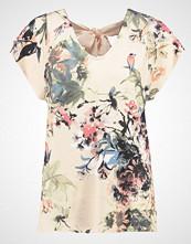 Cream ROSEMARY Tshirts med print pink tint