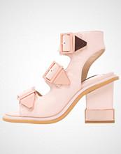 Kat Maconie ELLE Sandaler med ankelstøtte pale pink