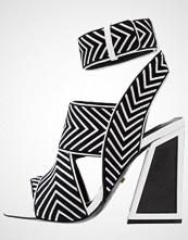 Kat Maconie Sandaler med høye hæler monochrome