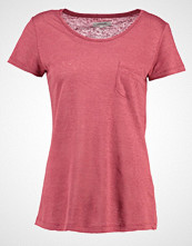 Zalando Essentials Tshirts red