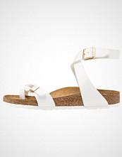 Birkenstock YARA Flip Flops white