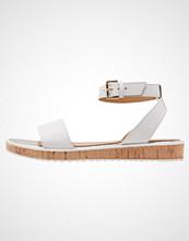 KIOMI Sandaler bianco