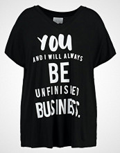 Zizzi Tshirts med print black