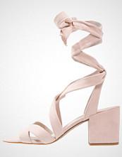 Kenneth Cole New York VICTORIA Sandaler rose
