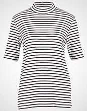 Karen by Simonsen Tshirts med print offwhite/black