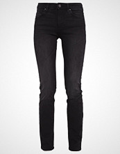 Wrangler BODY BESPOKE Slim fit jeans nighttime black