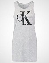 Calvin Klein TYLER TRUE ICON Topper grey
