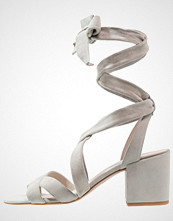 Kenneth Cole New York VICTORIA Sandaler light grey