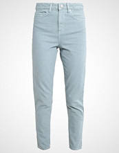 Wåven ELSA Straight leg jeans chinois green