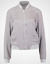 Vero Moda VMNICOLE Bombejakke frost gray/frosy gray