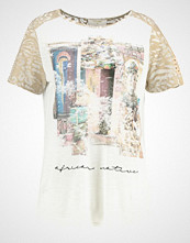 Cream SANEL Tshirts med print chalk