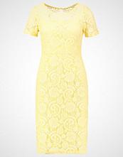 Dorothy Perkins Hverdagskjole yellow