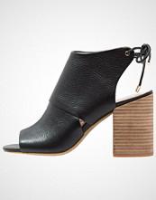 Kenneth Cole New York KATARINA Sandaler med høye hæler black