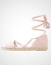 Kenneth Cole New York FRANCES Sandaler rose pink