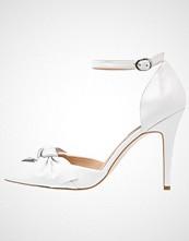 KIOMI Høye hæler white