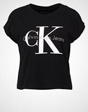 Calvin Klein TAKA Tshirts med print black