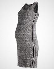 LOVE2WAIT Strikket kjole grey