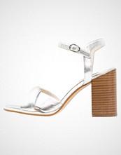 KIOMI Sandaler med høye hæler mirror silver