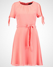 Dorothy Perkins Sommerkjole pink