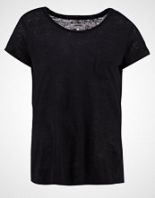 Zalando Essentials Tshirts black