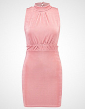 Missguided Petite Jerseykjole rose