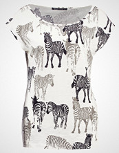Expresso EBELLE Tshirts med print off white