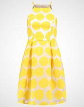 Dorothy Perkins FLORAL Sommerkjole yellow