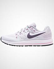Nike Performance AIR ZOOM VOMERO 12 Nøytrale løpesko pure platinum/purple dynasty/wolf grey
