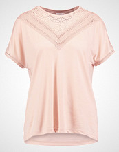 Jdy JDYCARLY Tshirts med print cameo rose