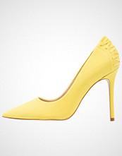 Steve Madden PAITON Klassiske pumps yellow