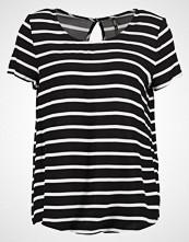 Only ONLFIRST Tshirts med print black/cloud dancer
