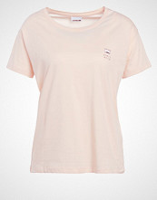 Noisy May NMCOMMAND Tshirts med print cream tan