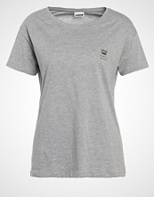 Noisy May NMCOMMAND Tshirts med print light grey melange