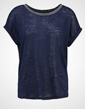 NAF NAF OMILLE  Tshirts med print bleu nuit