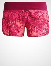 Nike Performance Sports shorts true berry/sport fuchsia/reflektive silver