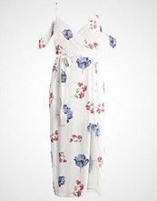 Bardot FLORAL Fotsid kjole dawn