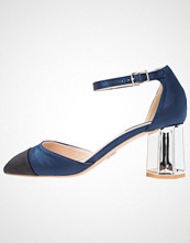 Lost Ink FRASER MID TOE CAP COURT Klassiske pumps navy