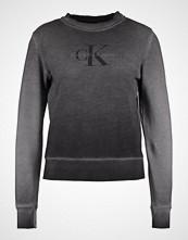 Calvin Klein Genser washed black