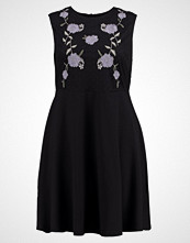 New Look Curves EMBROIDERED Sommerkjole black