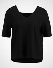 someday. UNORA Tshirts black