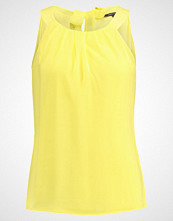 More & More Bluser soft yellow