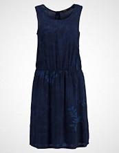 Opus WICKI BOTANICAL Sommerkjole dark blue
