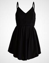 Glamorous Petite SKATER Sommerkjole black
